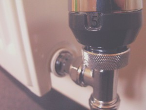 Why use smart radiator valves? Traditional TRVs vs Smart Radiator valves